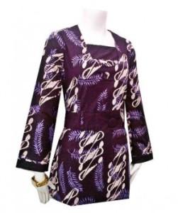 Model baju kerja batik lengan panjang wanita ungu